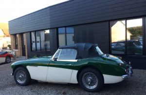 austin healey 3000 MK3 green english vintage auto 1966 for sale on european vintage cars