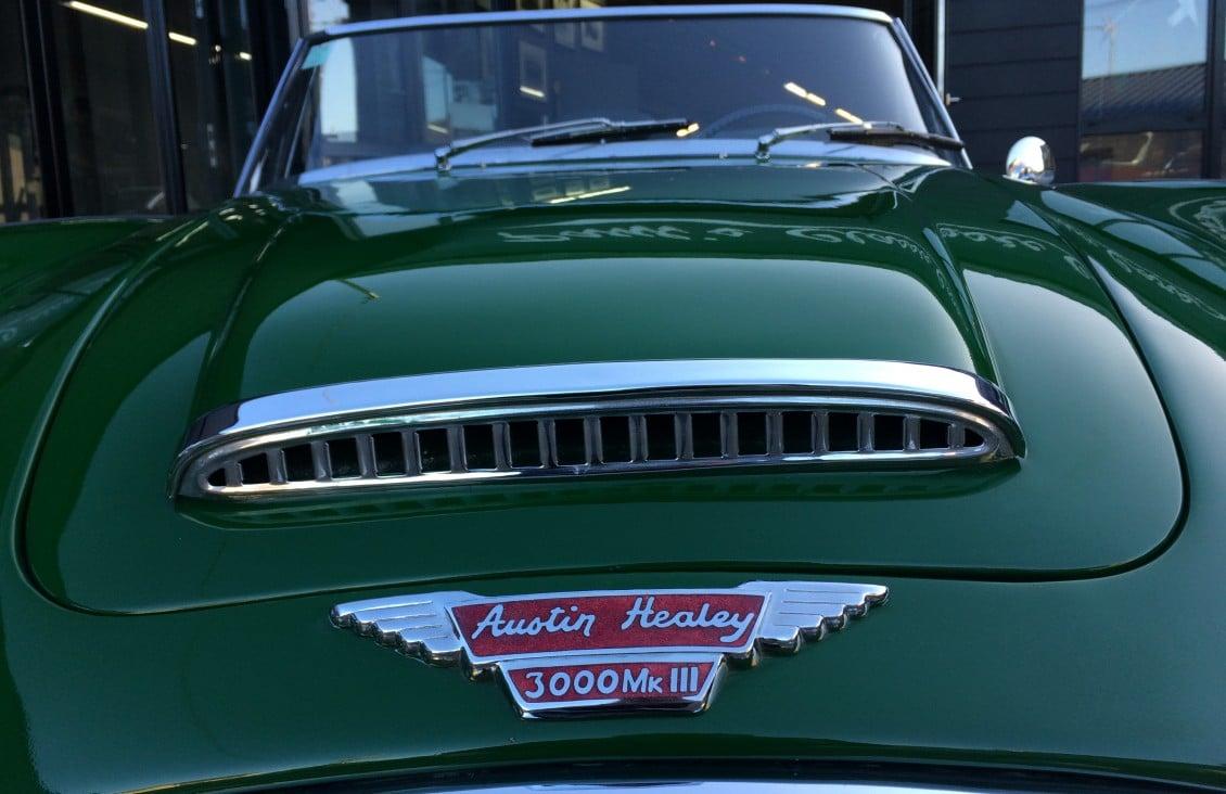 austin healey 3000 MK3 green english vintage auto 1966 for sale on european vintage cars