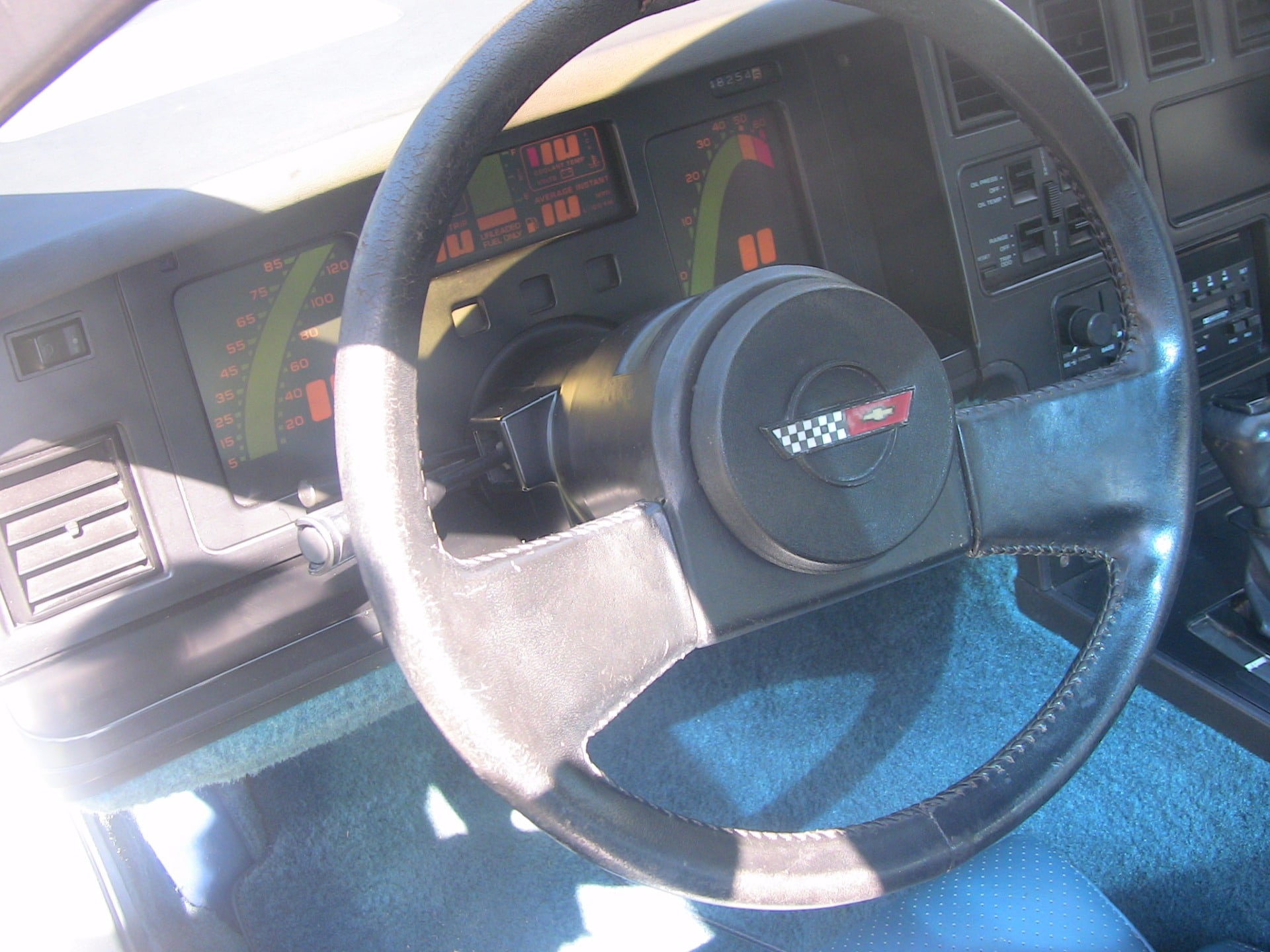 Used-1985-Chevrolet-Corvette (6)