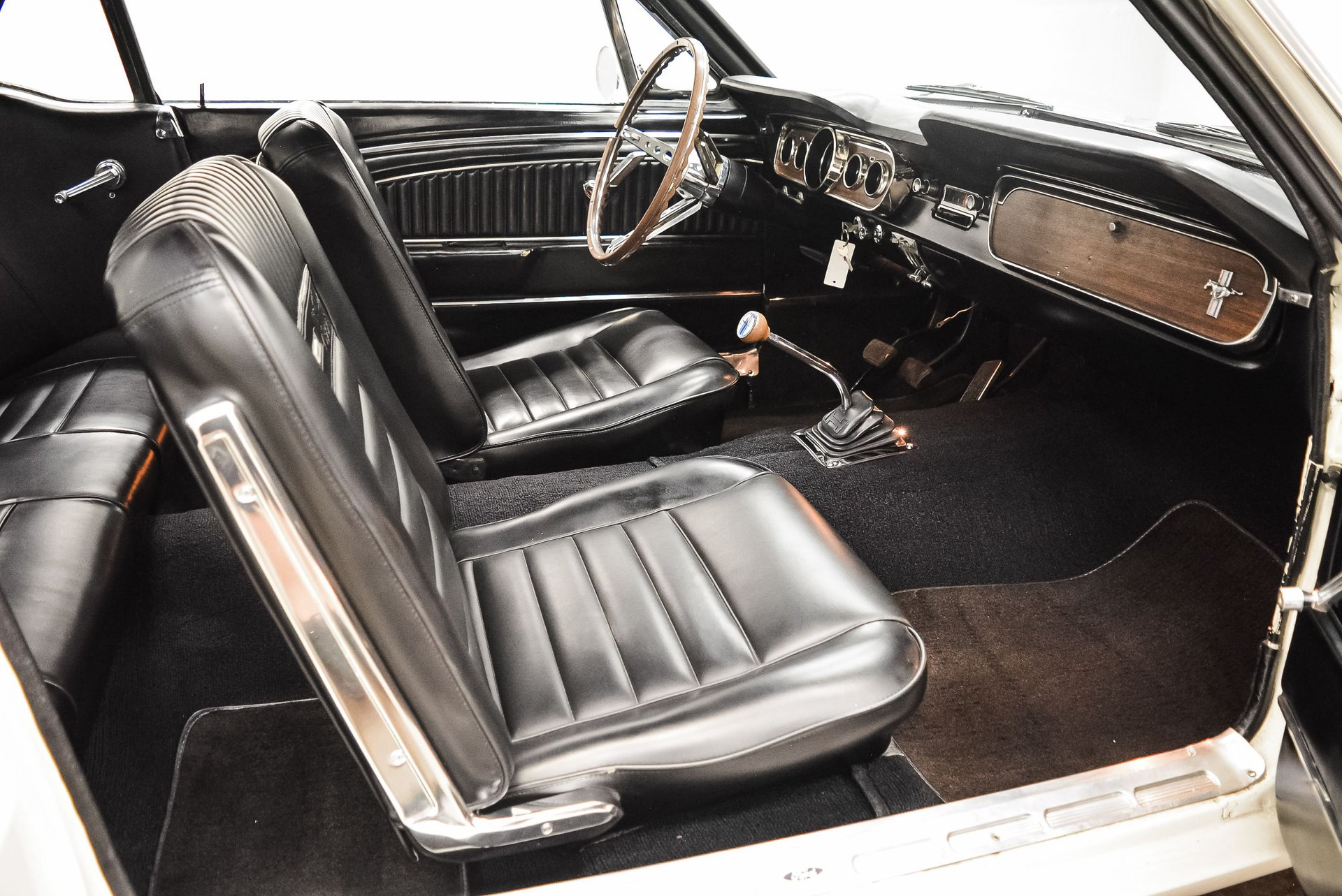 1965-ford-mustang (15)
