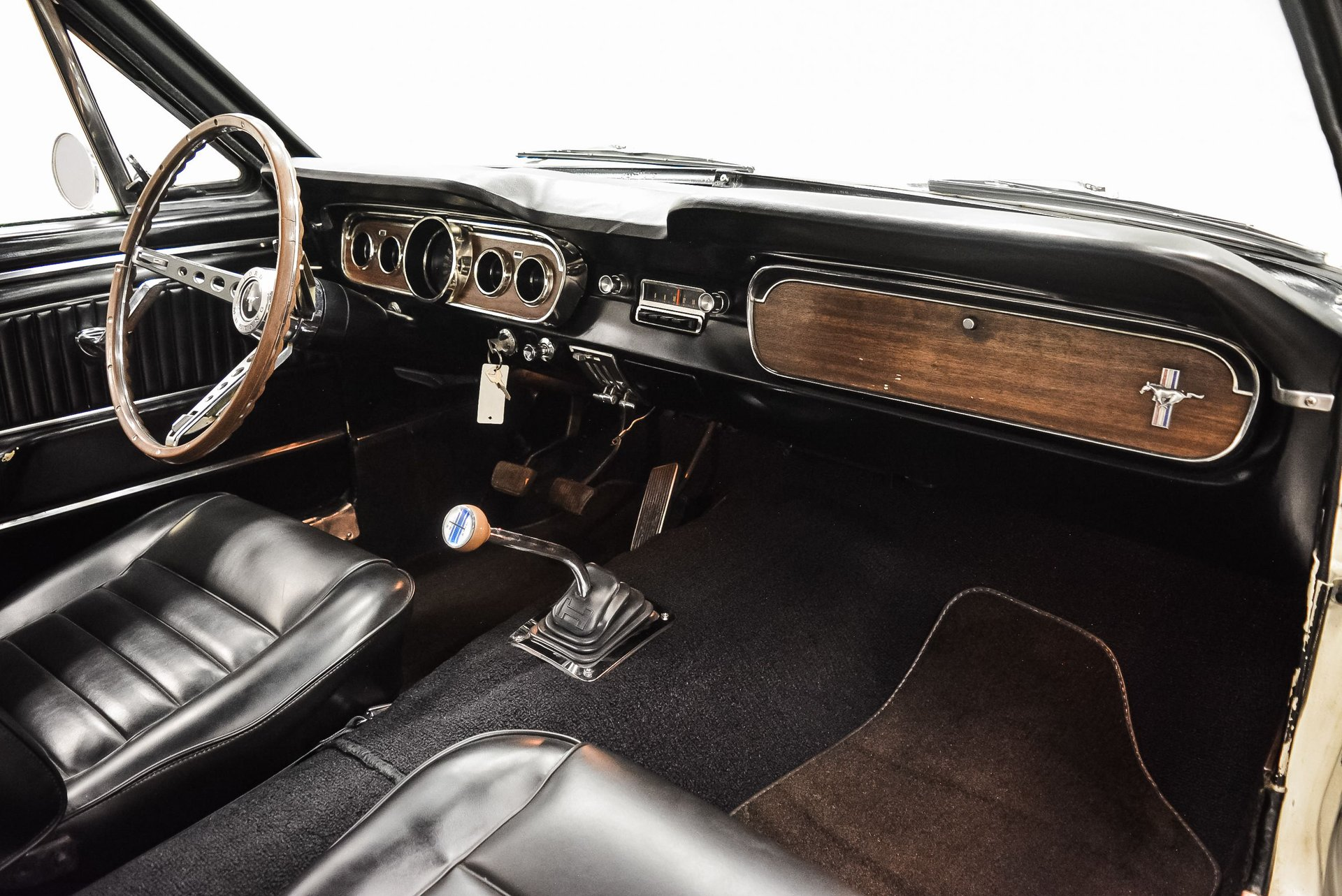 1965-ford-mustang (16)