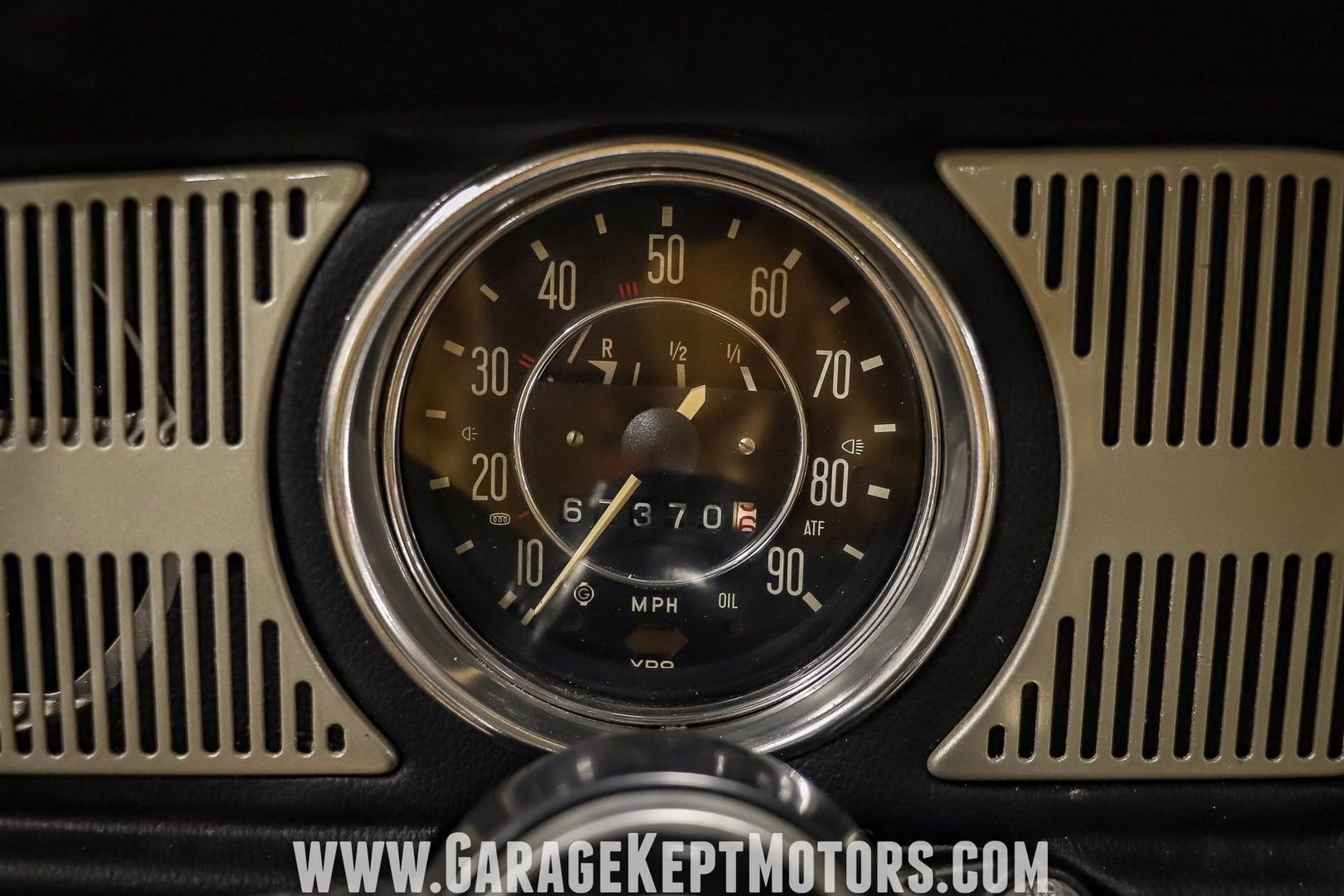 1969-volkswagen-beetle (40)