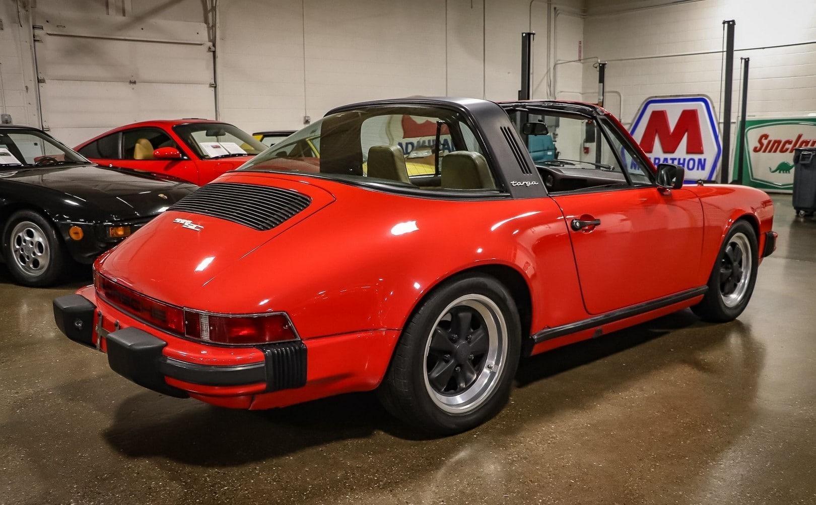 Porsche 911 SC Targa à vendre European Vintage Cars. (13)