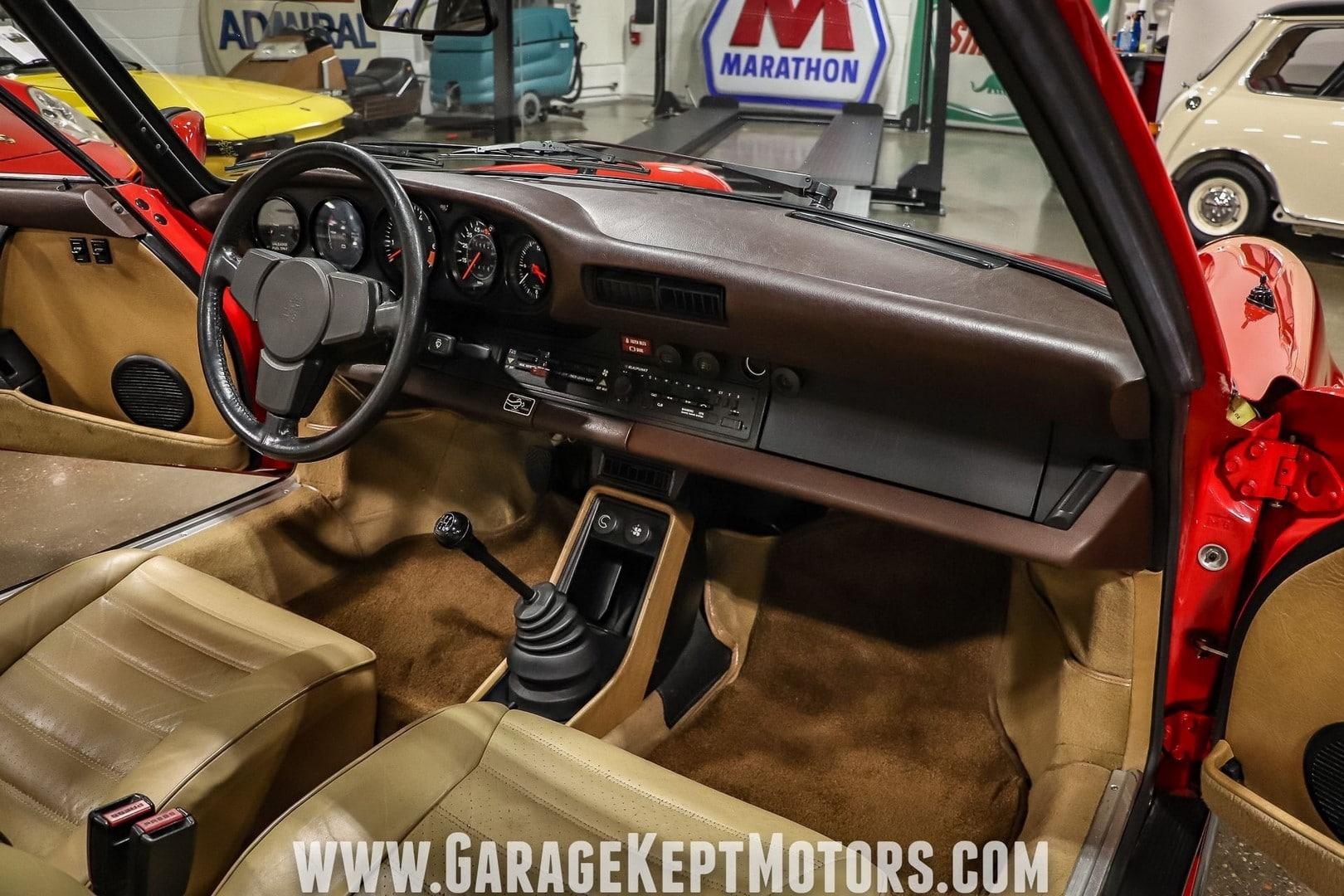 1981-porsche-911-sc-targa (54)